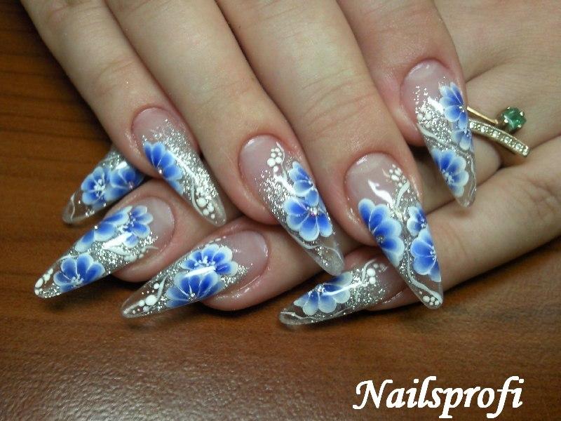 рисунок на акриловых ногтях