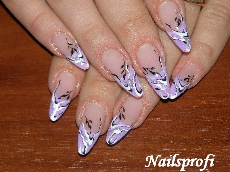 Прорисовка на акриловых ногтях