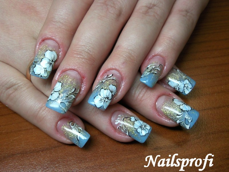 роспись ногтей, блестки